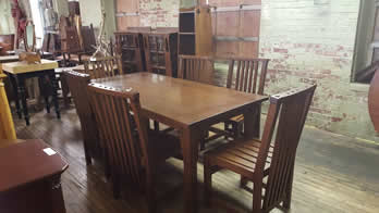 New Mission Oak Table and 6 Chairs